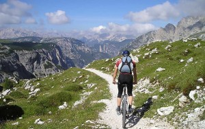 urlaub-mountainbiken-im-sommer-aktivitaeten